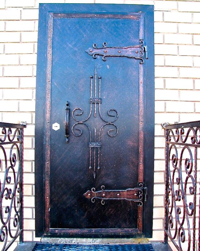 стальные двери с художественной ковкой