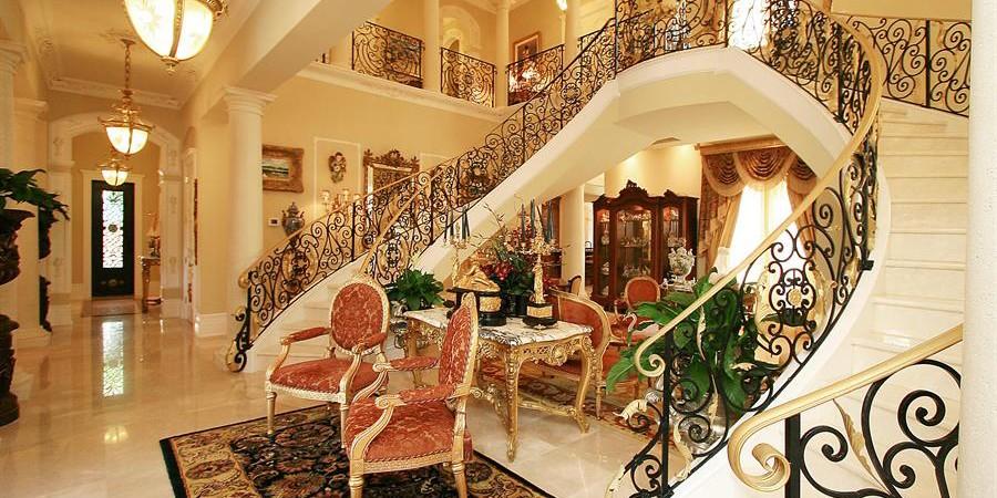 Лестницы и интерьерные ограждения